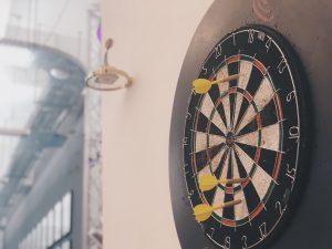 Dart Spiel Spass b+office Coworking Space Berlin Kreuzberg